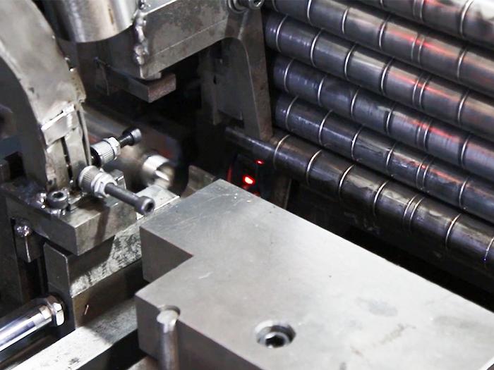 Auto-matic Nut Inserting Machine